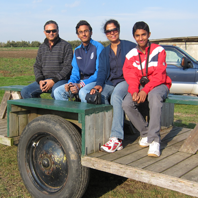 Grateful patient Rekha and family